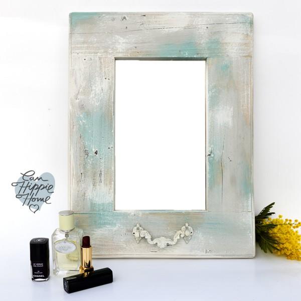 Espejo envejecido turquesa y blanco can hippie home for Espejos de pared vintage