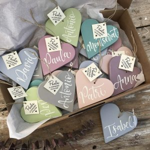 corazones lettering
